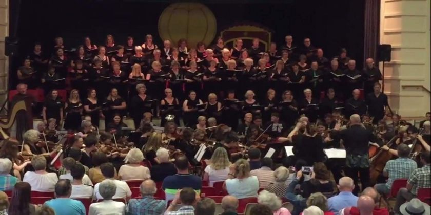 Musical Extravaganza Delights Concert Audience